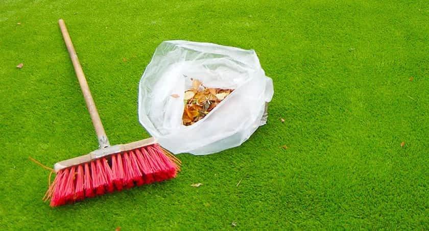 Principais cuidados para ter com a grama sintética em casa